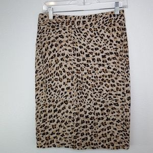 BANANA REPUBLIC Leopard Print Pencil Skirt, size 2